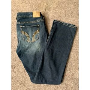 Hollister distressed/ripped Jeans